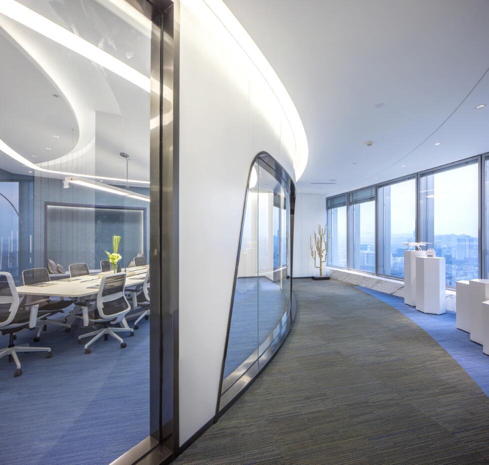 会议室及产品展示区.jpg